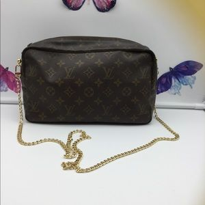 💯Auth Louis Vuitton Trousse 28